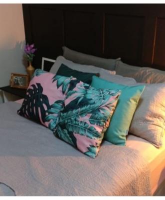 Você pode utilizar elas também para a decoraçao da sua cama, além de trazer muito conforto.